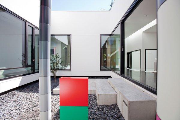 Photo  of Yan Residence modern home