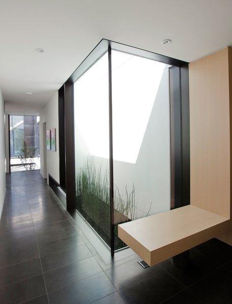 Photo 7 of Yan Residence modern home