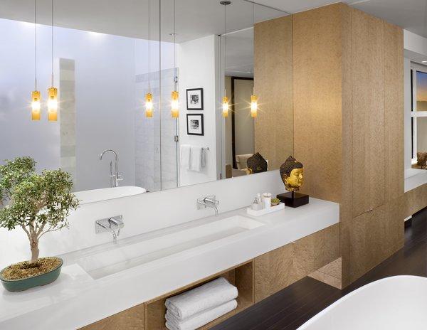 Photo 2 of Urban Living XXL modern home