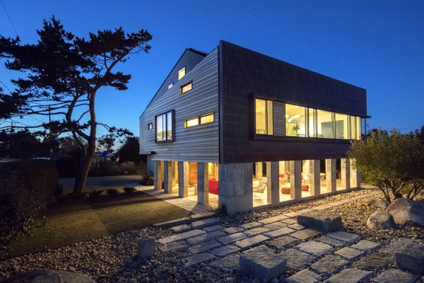 for your consideration @dwell.com Photo 16 of Gap Cove House modern home