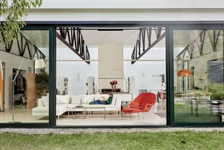 Top 4 Homes of the Week With Floor-to-Ceiling Windows