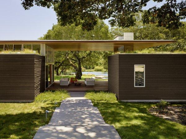 #TurnbullGriffinHaesloop #outdoor #exterior #landscape #entry #livingroof Photo 4 of Sonoma Residence modern home