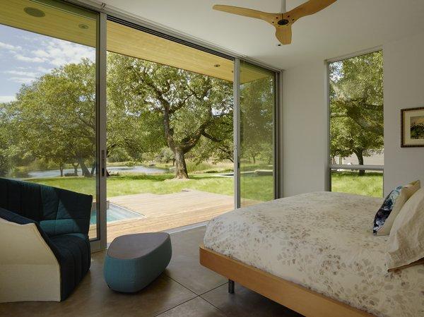 #TurnbullGriffinHaesloop #interior #bedroom #window #hottub Photo 11 of Sonoma Residence modern home