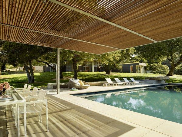 #TurnbullGriffinHaesloop #exterior #pool #shading Photo 12 of Sonoma Residence modern home