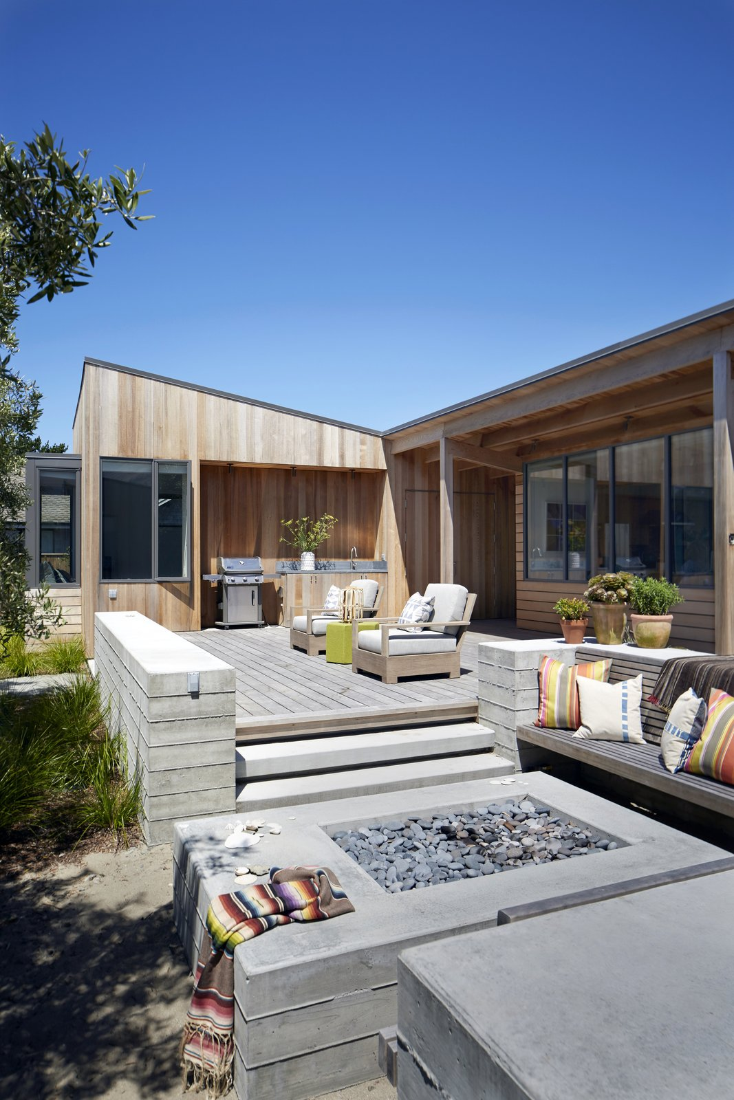 #TurnbullGriffinHaesloop #outdoor #patio #firepit #barbecue   Stinson Beach Lagoon Residence by Turnbull Griffin Haesloop Architects