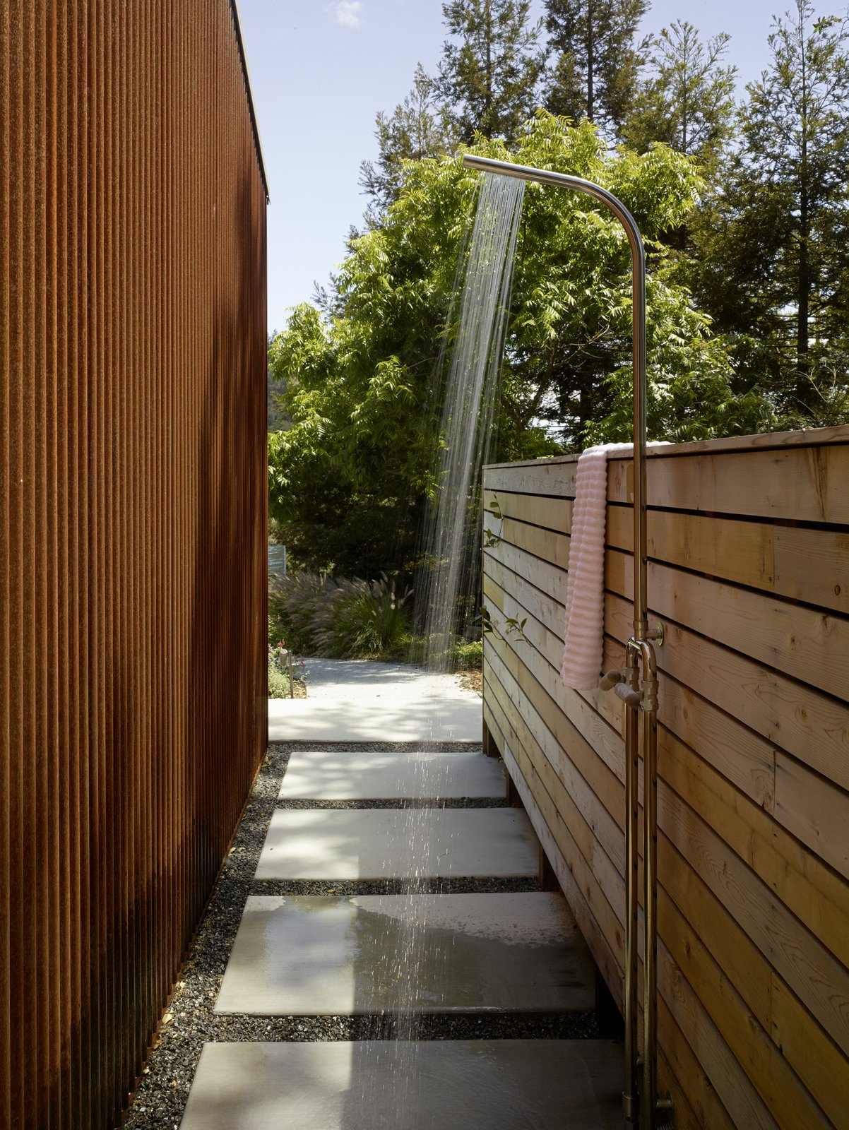 #TurnbullGriffinHaesloop #exterior #outdoorshower