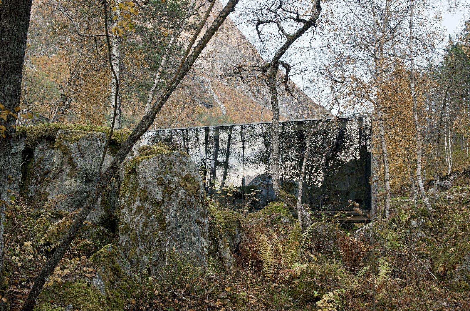 Cabins & Hideouts by Stephen Blake from Kool Kribs