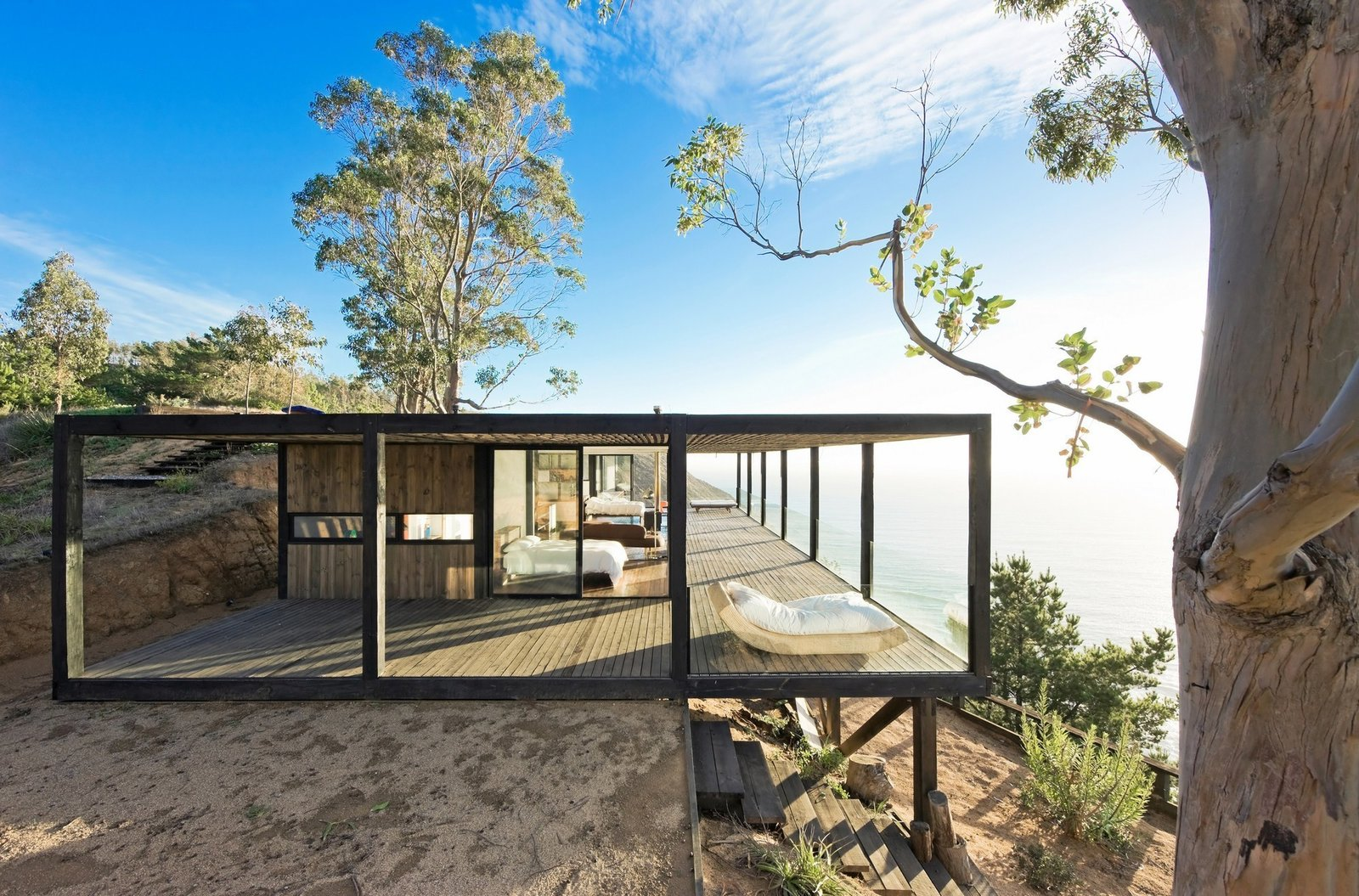 Casa Till, WMR Arquitectos, Chile  Views by DAVE MORIN from Surf Shacks