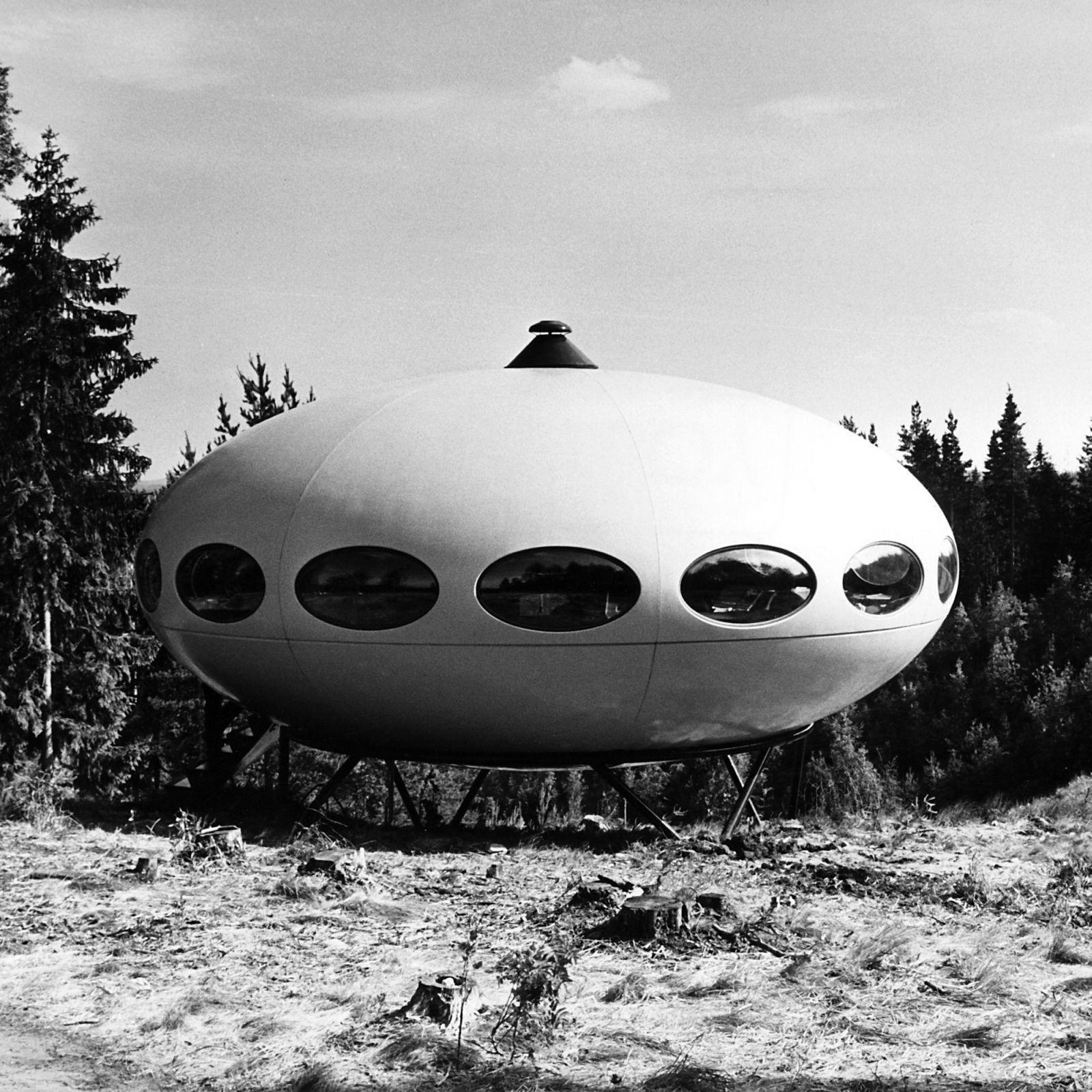Matti Suuronen,  Futuro House  The Future was... by Chris Deam