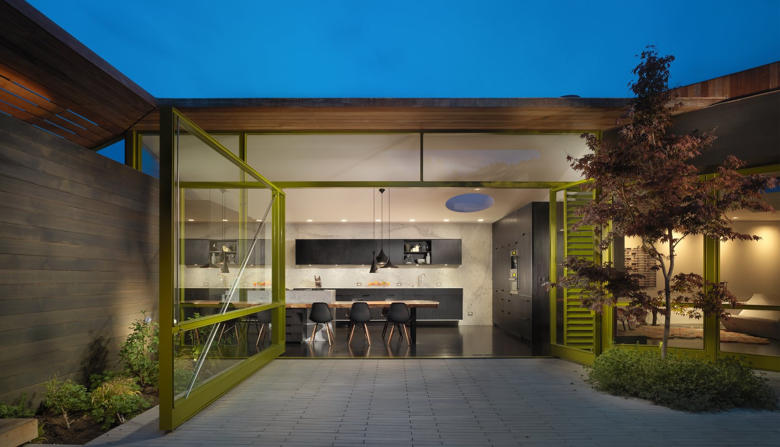 MV House by Chris Deam