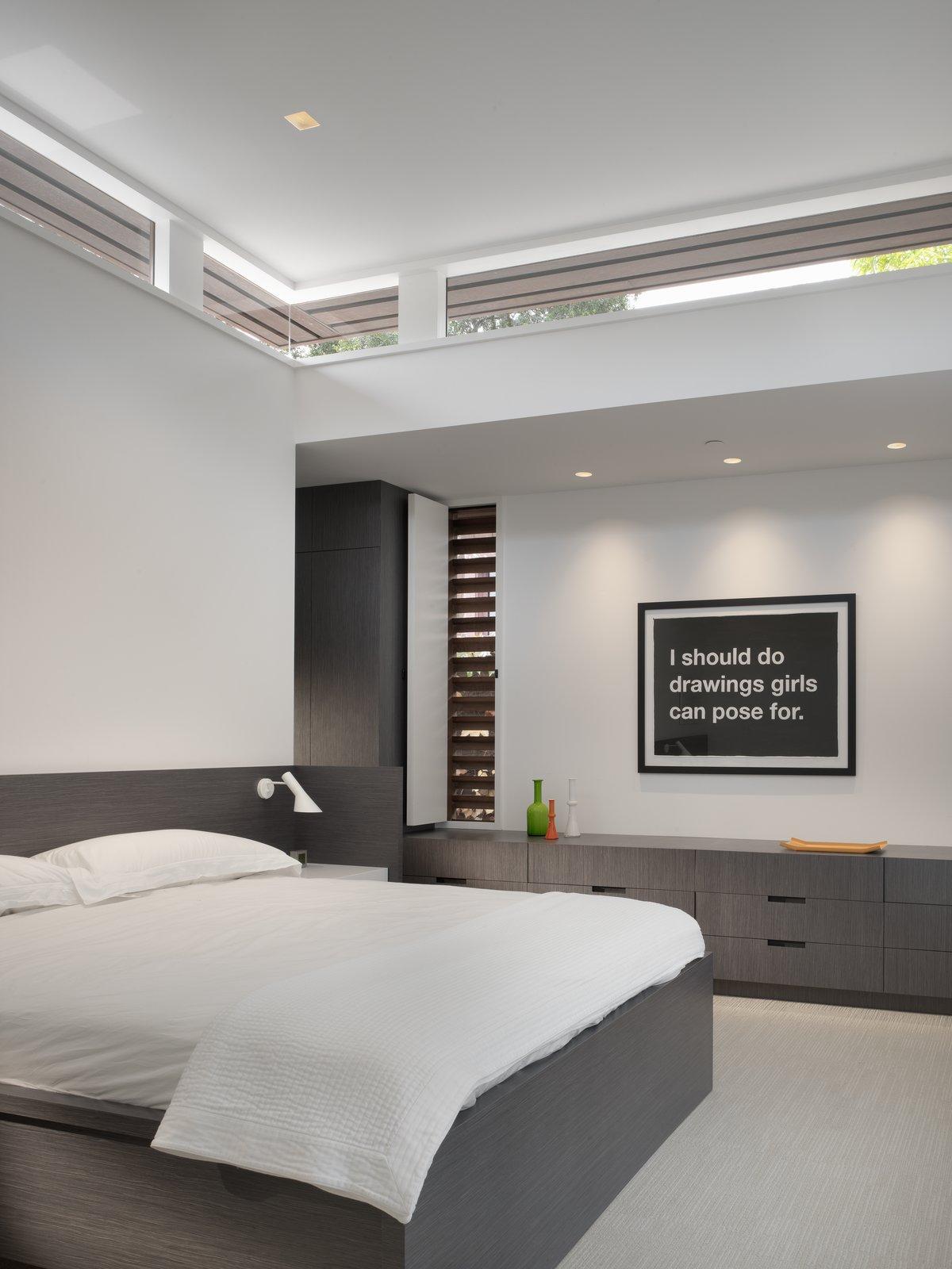 Master Bedroom  MV House by Chris Deam