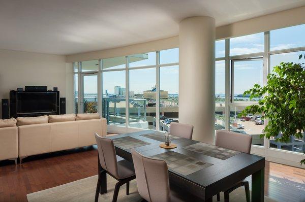 Open Living Room Photo 3 of West Ocean Long Beach Condo modern home