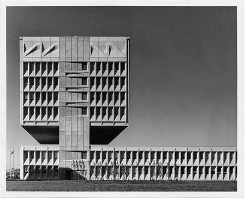 Marcel Breuer, Armstrong Rubber Co. Headquarters, West Haven, Conn., 1970 / unidentified photographer. Marcel Breuer papers, 1920-1986. Archives of American Art, Smithsonian Institution.  marcel breuer by pulltab