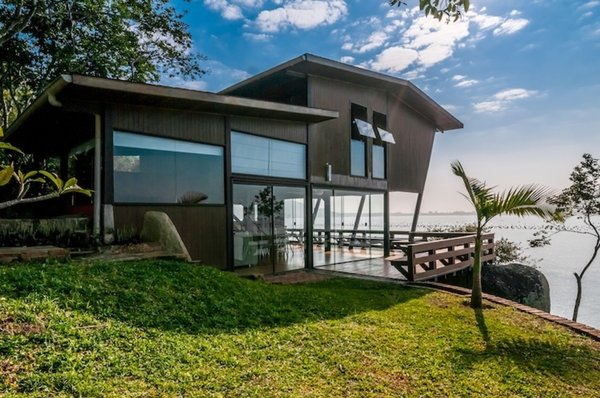 South American Beach Escape (Governador Celso Ramos, Brazil)  Photo 13 of 16 in 15 Modern Summer Rentals