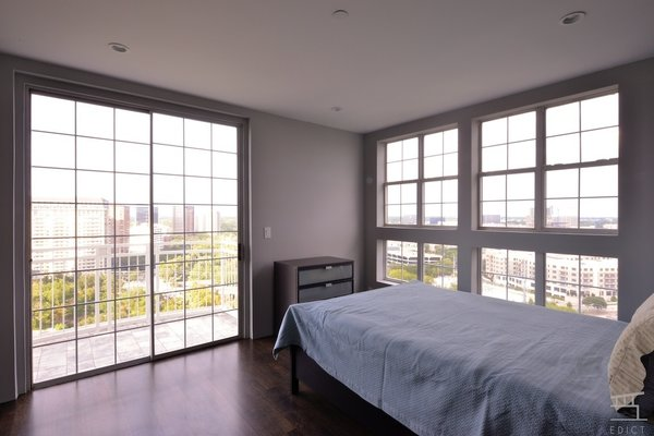 Homeowners hadn't received the new furniture yet.   Photo 18 of Perry-Doyle Penthouse modern home