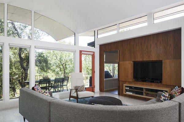 Photo 5 of Butter Fly House : A. D. Stenger modern home