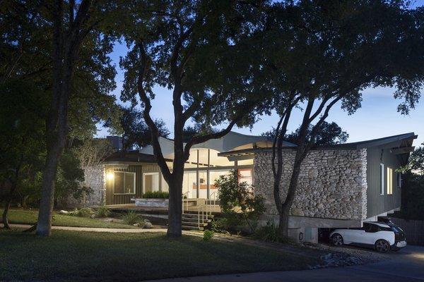 Photo 6 of Butter Fly House : A. D. Stenger modern home