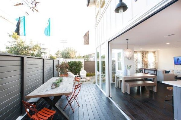 With the best of indoor / outdoor LIVING Photo 8 of 2292 Pacific Avenue modern home