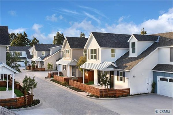 Photo 12 of 2077 Thurin Street modern home