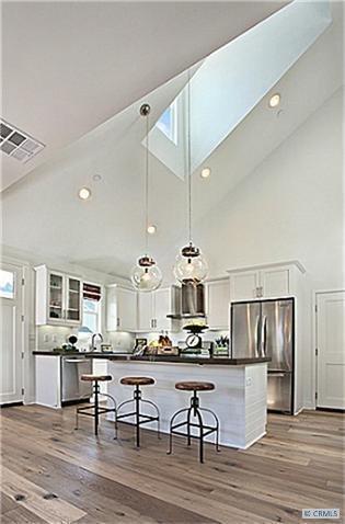 Photo 3 of 2077 Thurin Street modern home