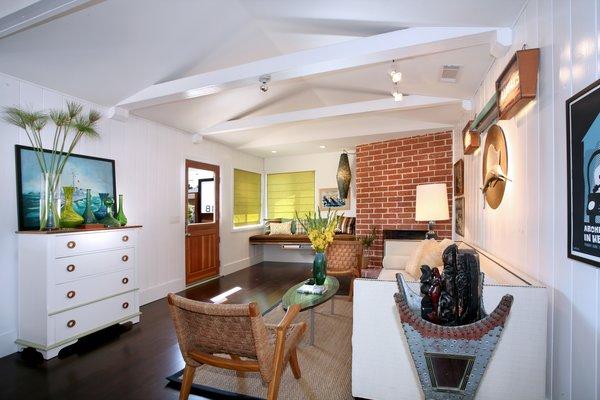 Photo 17 of 2379 Elden Avenue modern home