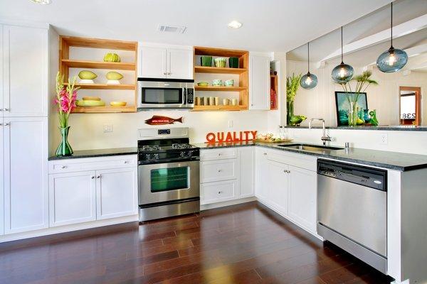 Photo 6 of 2379 Elden Avenue modern home