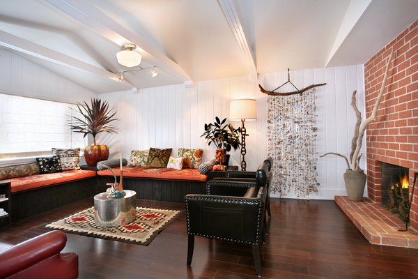 Photo 2 of 2379 Elden Avenue modern home