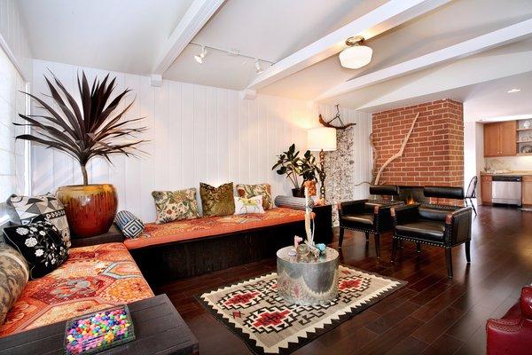 Photo 8 of 2379 Elden Avenue modern home