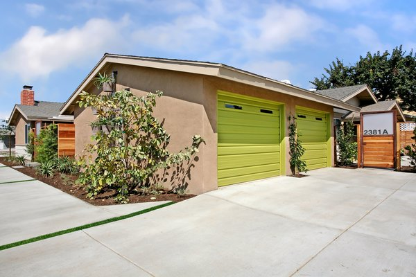 Photo 19 of 2379 Elden Avenue modern home