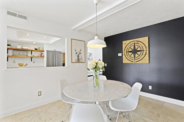 Modern home with dining room. Photo 7 of Newport Crest HAUS