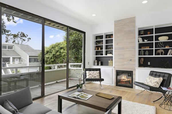 Modern home with living room. Photo 9 of Newport Crest HAUS
