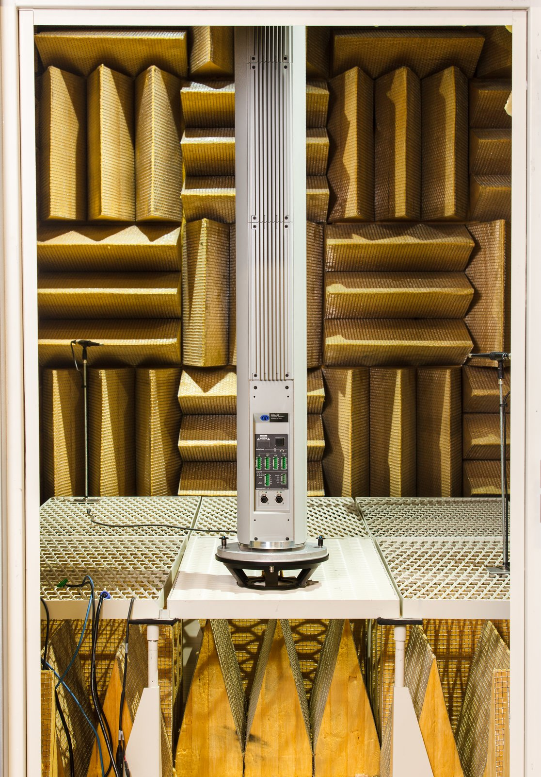 A finished CAL column array loudspeaker is tested in an anechoic chamber.