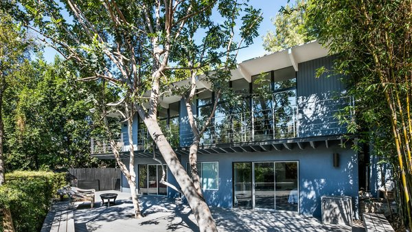 The house sits on a 10,414-square-foot double lot with plenty of outdoor living space.  Photo 8 of 10 in Own a Piece of Hollywood History for $1.995M