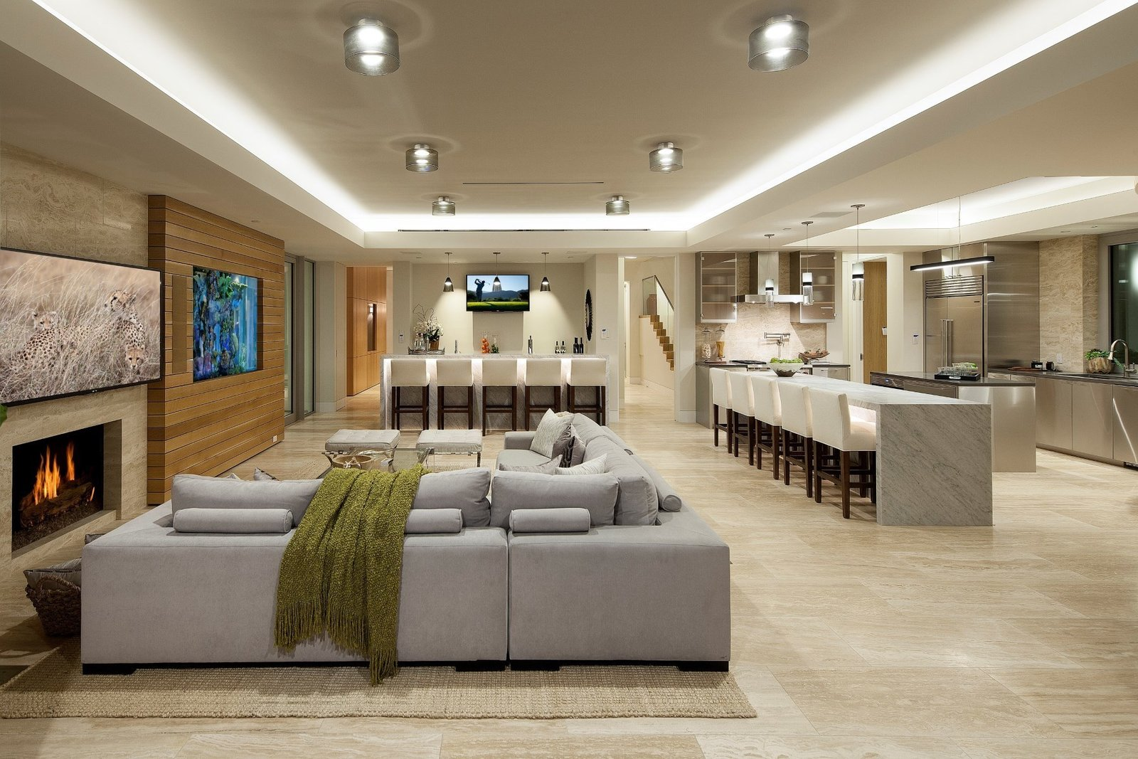 Photo 7 of 9 in Get Smart: Tech-Forward Homes Around the Globe
