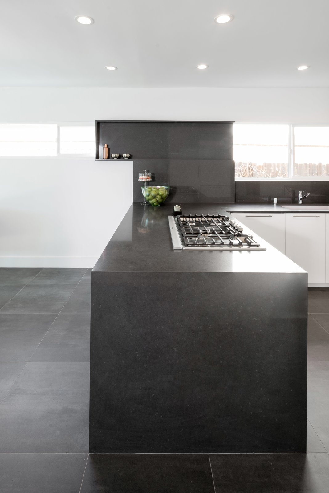 A Bosch 36  Photo 3 of 5 in Designed to Disappear: The Case For the Minimal Kitchen