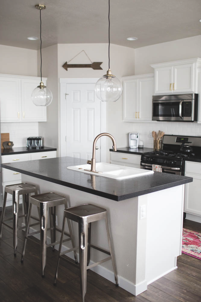 8 Ways to Refresh and Personalize Your Kitchen - Photo 3 of 8