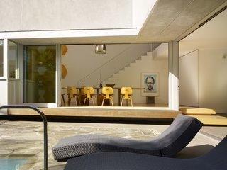 Tobey Maguire Snatches Up Googleplex Architect Clive Wilkinson's Los Angeles Home For $3.4M - Photo 4 of 9 -