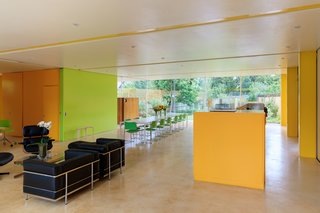 Fully Renovated, Wimbledon House by Richard Rogers Hosts New Architecture Fellows in London - Photo 6 of 13 -