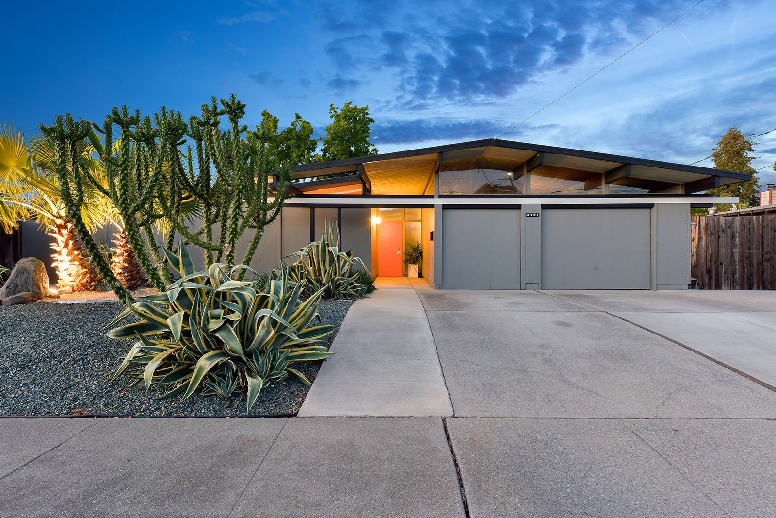 Real Estate Roundup: 10 Midcentury Modern Eichlers For ...