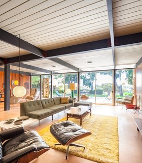 A Stunningly Restored Midcentury by Case Study Architect Craig Ellwood Asks $800K in San Diego - Photo 2 of 9 -
