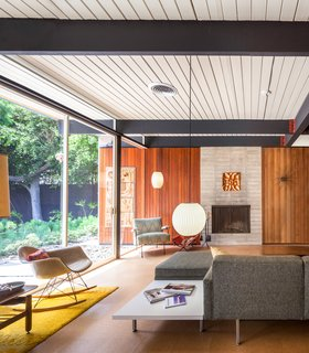 A Stunningly Restored Midcentury by Case Study Architect Craig Ellwood Asks $800K in San Diego - Photo 1 of 9 -