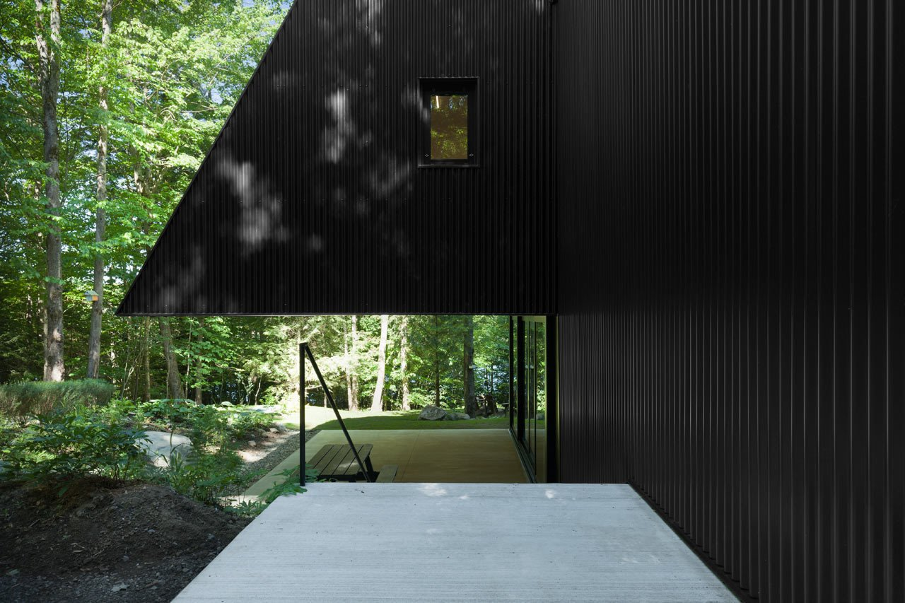 Photo 4 of 23 in FAHouse: A Double Triangular House in the Forest