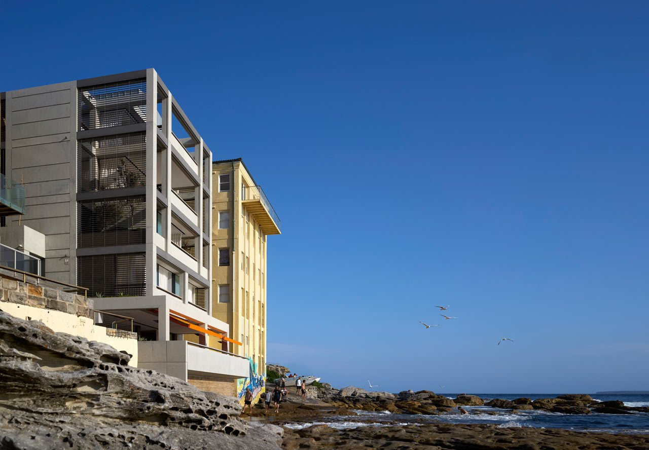 #designmilk #bondibeach #tobiaspartners  A Dream-Worthy Beach House at Bondi Beach by Design Milk