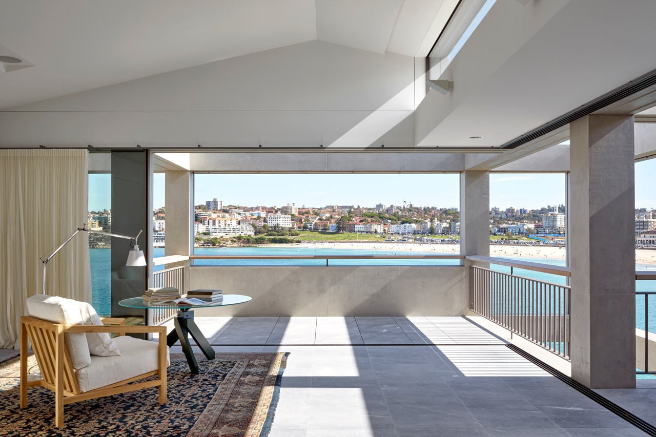 #designmilk #bondibeach #tobiaspartners  A Dream-Worthy Beach House at Bondi Beach by Design Milk