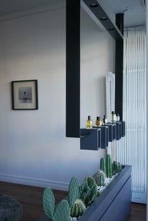 ORRIS Perfumery: The Essence Of Los Angeles Bottled Up - Photo 19 of 20 -