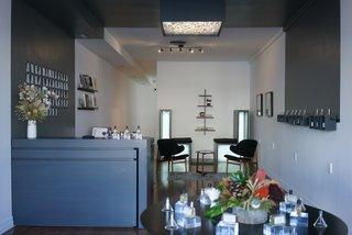 ORRIS Perfumery: The Essence Of Los Angeles Bottled Up - Photo 8 of 20 -