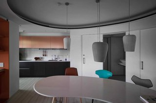 A Colorful Apartment Inspired by Paper Patterns Used in Fashion - Photo 3 of 19 -