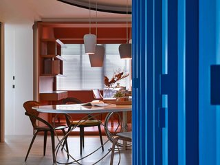 A Colorful Apartment Inspired by Paper Patterns Used in Fashion - Photo 8 of 19 -