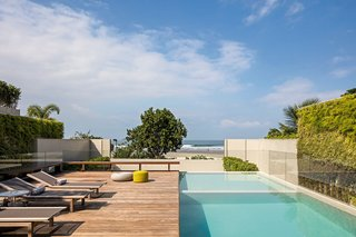 A Modern Beachfront House in São Sebastião, Brazil - Photo 9 of 14 -