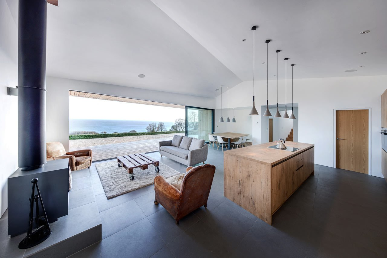 A Modern Holiday Home on a Cliff on the South Coast - Photo 12 of 19